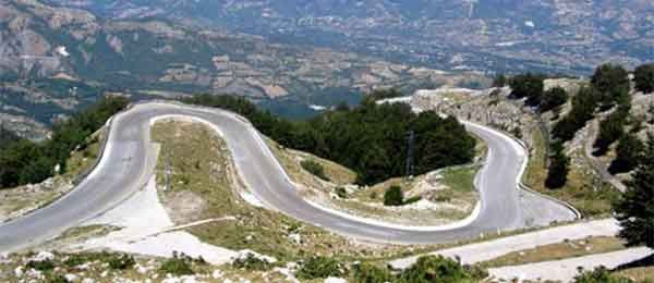 Mini tour in moto: Le curve sinuose che portano a Campitello e lago del Matese