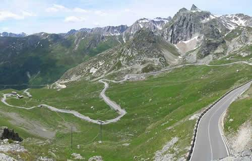 Gran San Bernardo In Moto In Valle D U0026 39 Aosta