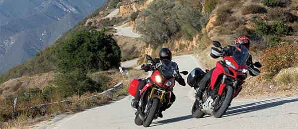 Spagna in moto tra splendide curve e deserto hollywodiano